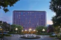 Renaissance Atlanta Waverly Hotel & Convention Center Image