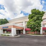 Accommodation near Royce Auditorium Grand Rapids - Baymont Inn & Suites Grand Rapids Airport