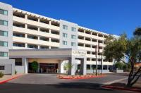 Four Points By Sheraton Phoenix South Mountain Image
