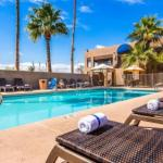 Hotels near Stray Cat - Best Western Innsuites Phoenix Hotel & Suites