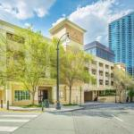 Philips Arena Accommodation - Best Western PLUS Inn at the Peachtrees Hotel