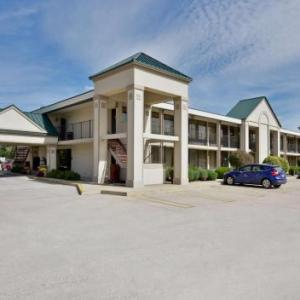 Hotels near Elkhart County 4-H Fairgrounds - BEST WESTERN Inn