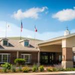 Mississippi Valley Fairgrounds Accommodation - Best Western Plus Steeplegate Inn