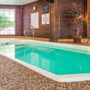 Hotels near Crystal Gardens Southgate - Best Western Greenfield Inn