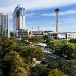 Accommodation near Jo Long Theatre - Grand Hyatt San Antonio Riverwalk