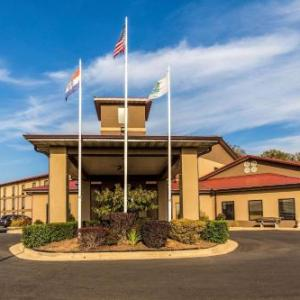 Hotels near West Plains Civic Center - Quality Inn West Plains