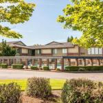 Hotels near Cornelius Pass Roadhouse - Comfort Inn Conference Center Hillsboro