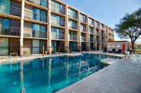 Baymont Inn And Suites Austin Image