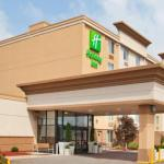 Accommodation near First Niagara Pavilion - Holiday Inn Weirton