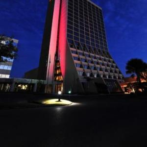 Hotels near Ladd Peebles Stadium - Mobile Marriott