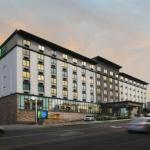 Accommodation near Billy Bob's Texas - Holiday Inn Express Hotel & Suites Fort Worth Downtown