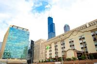 Holiday Inn Hotel And Suites Downtown Chicago Image