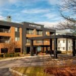 Hotels near Higher Ground Burlington - Courtyard Burlington Taft Corners