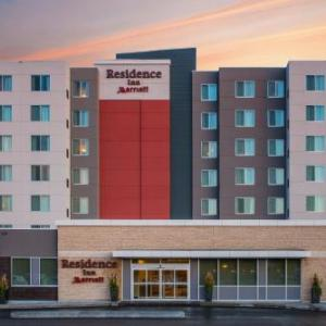 Queensbury Convention Centre Hotels - Residence Inn Regina