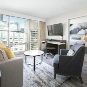 Hotels near Harbour Centre SFU - Delta Hotels by Marriott Vancouver Suites