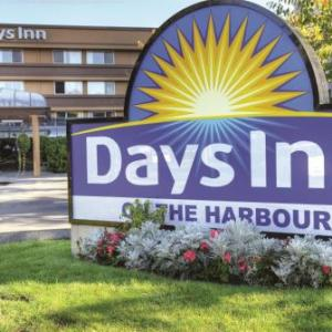 Hotels near Lucky Bar Victoria - Days Inn - Victoria On The Harbour
