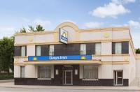 Days Inn Toronto East Beaches Image