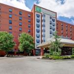 Holiday Inn Windsor -Ambassador Bridge
