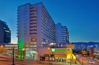 Holiday Inn Vancouver Centre (Broadway) Image