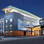 Olympic Plaza Accommodation - Aloft Calgary University