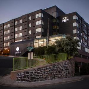 Mile One Centre Hotels - Quality Hotel Harbourview