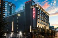 Ramada Inn & Suites Downtown Vancouver Image