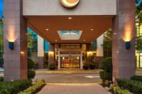 Executive Plaza Hotel Coquitlam Image