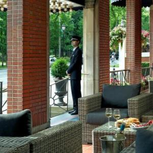 Dalhousie University Hotels - The Lord Nelson Hotel & Suites