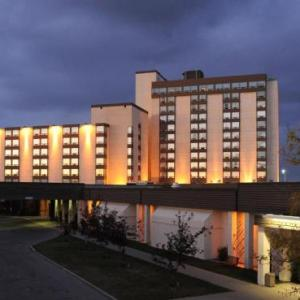 Hotels near Max Bell Centre - Coast Plaza Hotel & Conference Centre