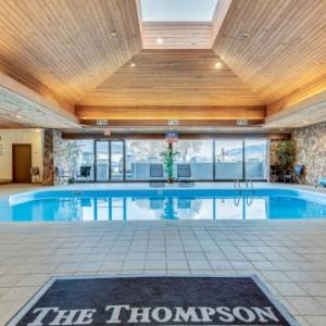 Hotels near Cactus Jack's Night Club - Thompson Hotel And Conference Centre