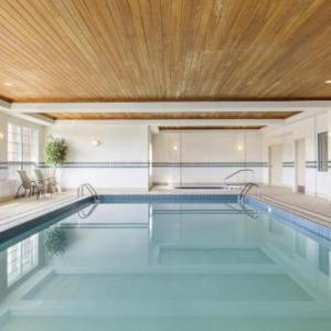 Country Inn And Suites By Carlson Calgary Airport