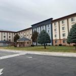 Accommodation near Horseshoe Casino Hammond - Magnuson Hotel Hammond