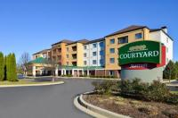 Courtyard By Marriott Milwaukee North/Brown Deer Image