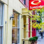 Accommodation near Pacha New York - Econo Lodge Times Square