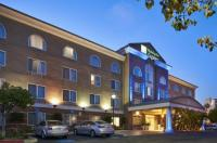 Holiday Inn Express And Suites San Diego