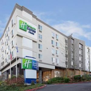 Holiday Inn Express Suites Seattle Airport