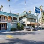 Hotels near Egyptian Theatre Hollywood - Rodeway Inn Hollywood