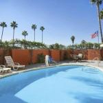 Shiley Theatre Accommodation - Howard Johnson Inn - San Diego Sea World