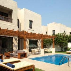 Dubai Creek Club Villas in Dubai