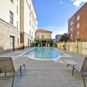 Johnny Mercer Theatre Hotels - Hampton Inn And Suites Savannah Historic District