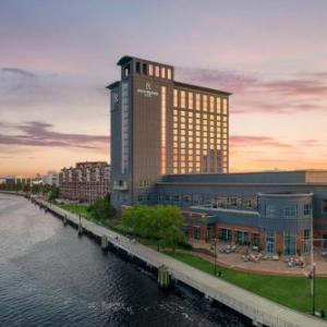 RENAISSANCE PORTSMOUTH-NORFOLK WATERFRONT HOTEL, A Marriott Luxury & Lifestyle Hotel