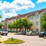 Accommodation near Montgomery Motorsports Park - Home-Towne Suites Montgomery