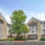 McKnight Hall At UNCCs Cone Center Accommodation - Candlewood Suites Huntersville