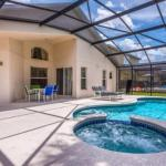 Beautiful 4 Bedroom 3 Bath Pool Home in Emerald Island Resort
