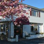 Barnstable High School Accommodation - Rodeway Inn Hyannis