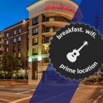 Accommodation near Carl Black Chevy Woods Amphitheater - Hampton Inn & Suites Nashville-Downtown