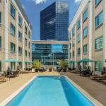 Hotels near Founders Hall Charlotte - Courtyard Charlotte City Center