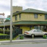 Accommodation near Devos Center for Arts and Worship - Brikcrete Motel Wyoming