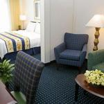 Hotels near Foxhall Resort and Sporting Club - SpringHill Suites Newnan