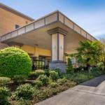 Broadway Bloc Party Accommodation - Comfort Suites Eugene